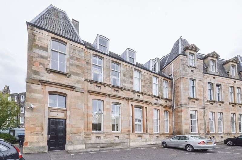 1 Bedroom Flat for sale in 67/8 Giles Street, The Shore, Edinburgh, EH6 6DD