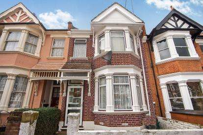 6 Bedrooms Terraced House for sale in Kings Road, Willesden Green, London