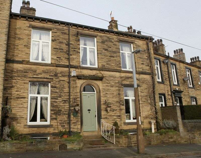 4 Bedrooms House for sale in Heathfield Place, Halifax