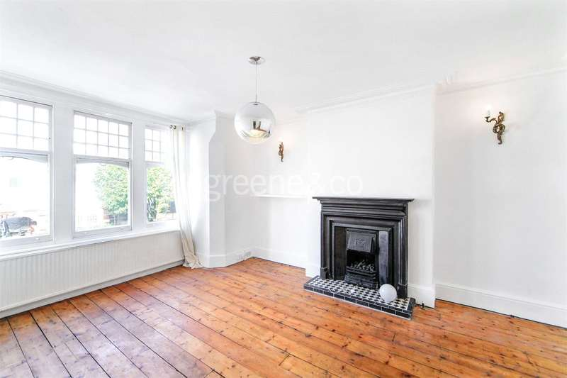2 Bedrooms Flat for sale in Glenmore Road, Belsize Park, London, NW3