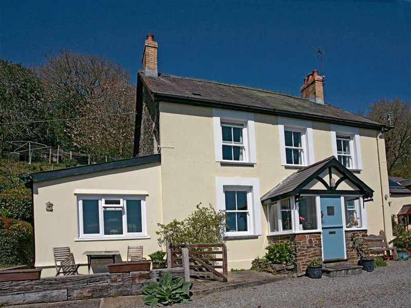 6 Bedrooms Property for sale in Llandyfriog, LLANDYFRIOG