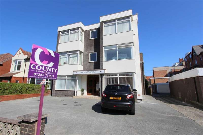 2 Bedrooms Property for sale in 9 Hornby Road, Lytham St Annes, Lancashire