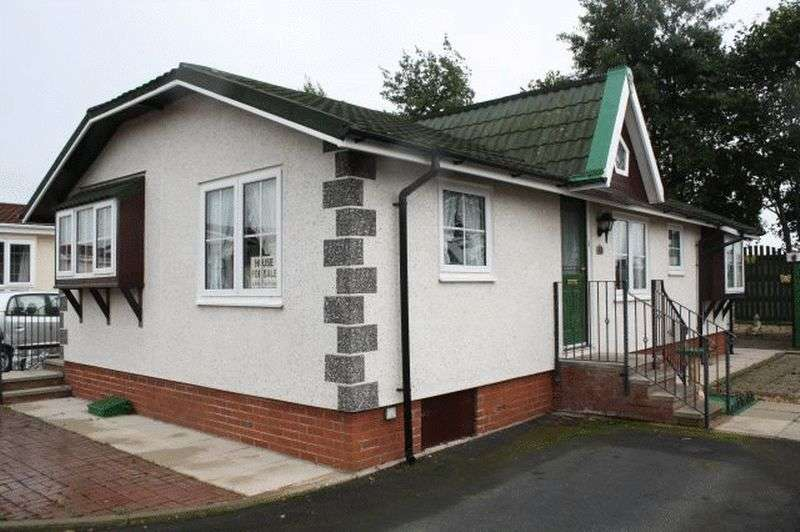 2 Bedrooms Bungalow for sale in Stately Albion Conway Cottage (38 x 20)