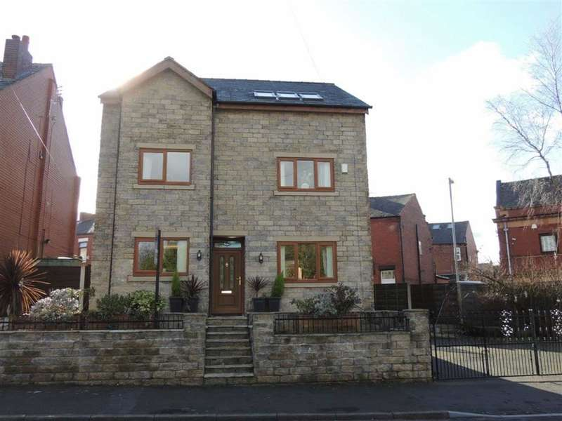5 Bedrooms Property for sale in Stocks Lane, STALYBRIDGE