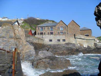 3 Bedrooms End Of Terrace House for sale in East Quay, Mevagissey, St. Austell