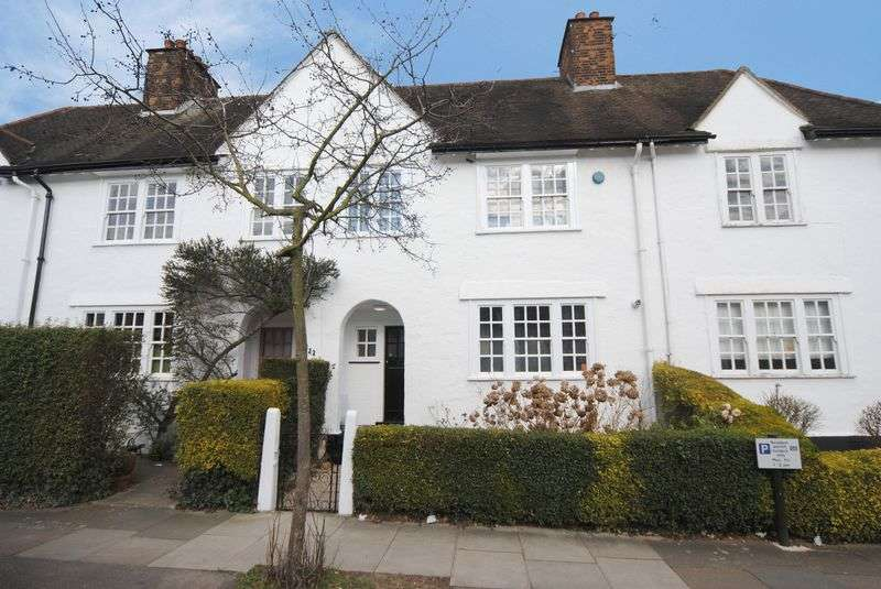 2 Bedrooms Cottage House for sale in Willifield Way, Hampstead Garden Suburb, NW11