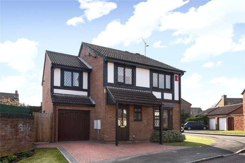 5 Bedrooms Detached House for sale in Tamarind Way, Earley, Reading, Berkshire, RG6