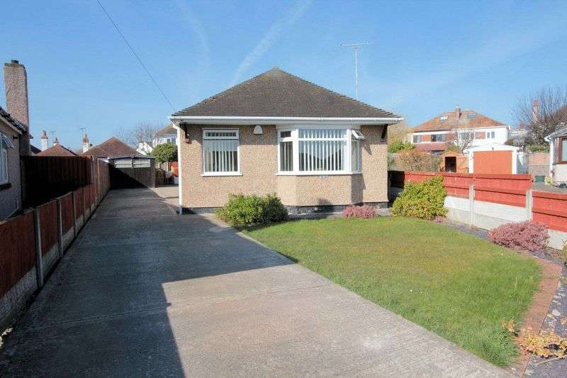 3 Bedrooms Detached Bungalow for sale in Gillian Close, Rhyl