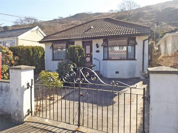3 Bedrooms Detached Bungalow for sale in Lletty Dafydd, Clyne, Neath, West Glamorgan
