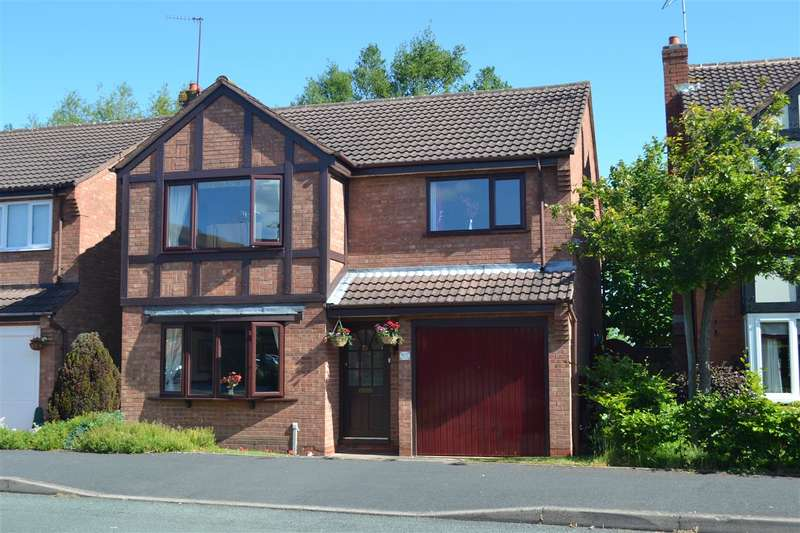 4 Bedrooms Detached House for sale in Ampleforth Drive, Stafford
