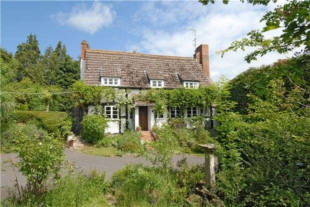 3 Bedrooms Cottage House for sale in The Old Pitch, Tirley, GLOUCESTER, GL19 4ET