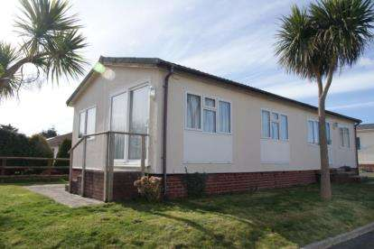 2 Bedrooms Mobile Home for sale in St Merryn Holiday Village, Padstow, Cornwall