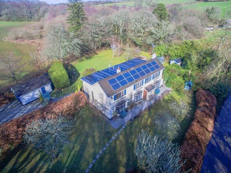 4 Bedrooms Detached House for sale in Redlake, St Winnow