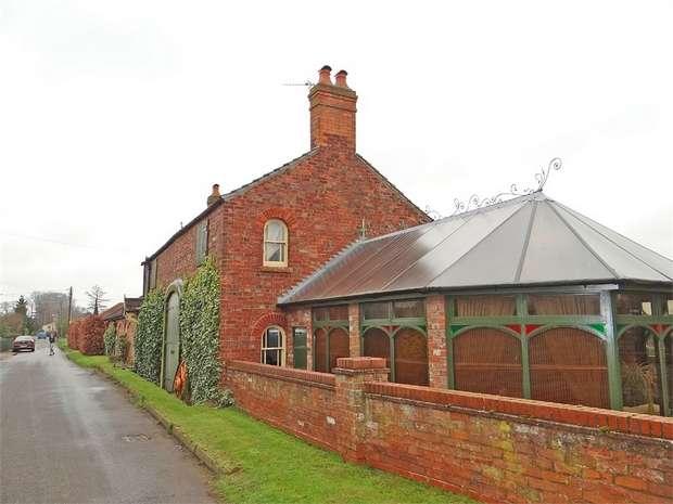 4 Bedrooms Detached House for sale in Siltside, Gosberton Risegate, Spalding, Lincolnshire