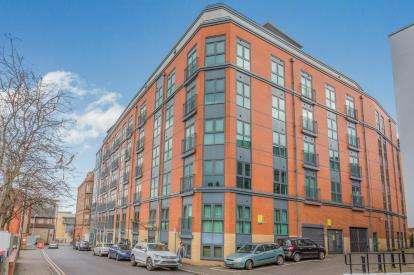 2 Bedrooms Flat for sale in The Habitat, Woolpack Lane, Nottingham, Nottinghamshire
