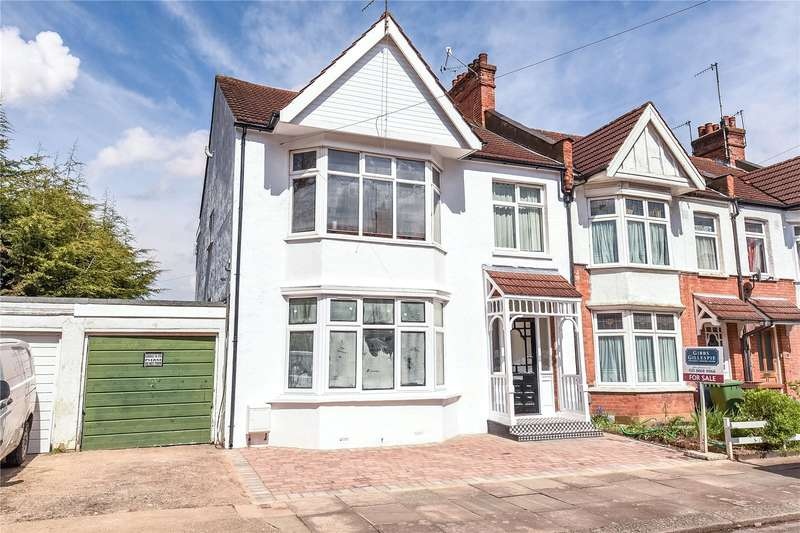 2 Bedrooms Maisonette Flat for sale in Heath Road, Harrow, Middlesex, HA1