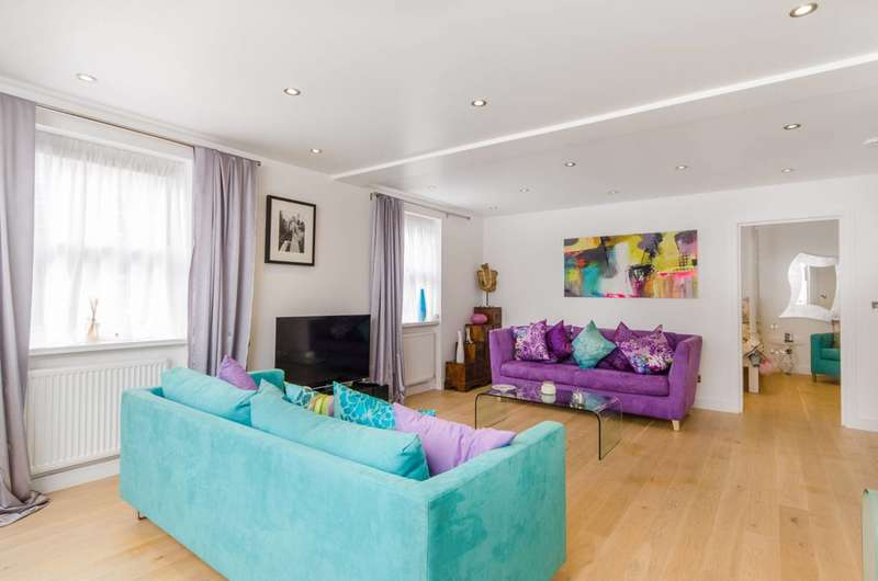 2 Bedrooms Flat for sale in Thames Street, Hampton, TW12