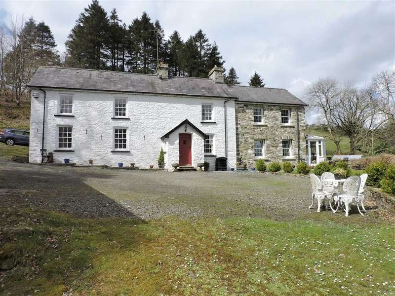 8 Bedrooms Property for sale in Ffarmers, Lampeter