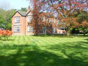 5 Bedrooms Detached House for sale in The Old Rectory, Lady Lane, Croft, WARRINGTON, WA3