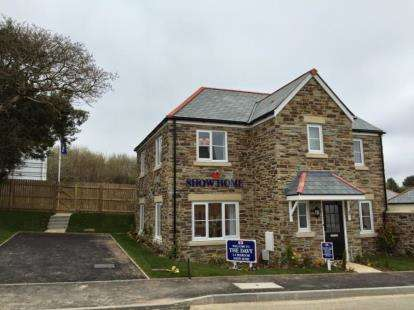 4 Bedrooms Detached House for sale in St Austell