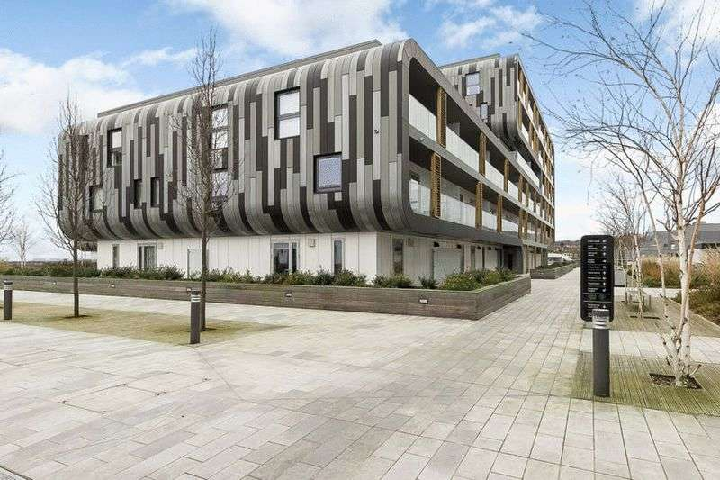 2 Bedrooms Flat for sale in Love Lane, Central Woolwich
