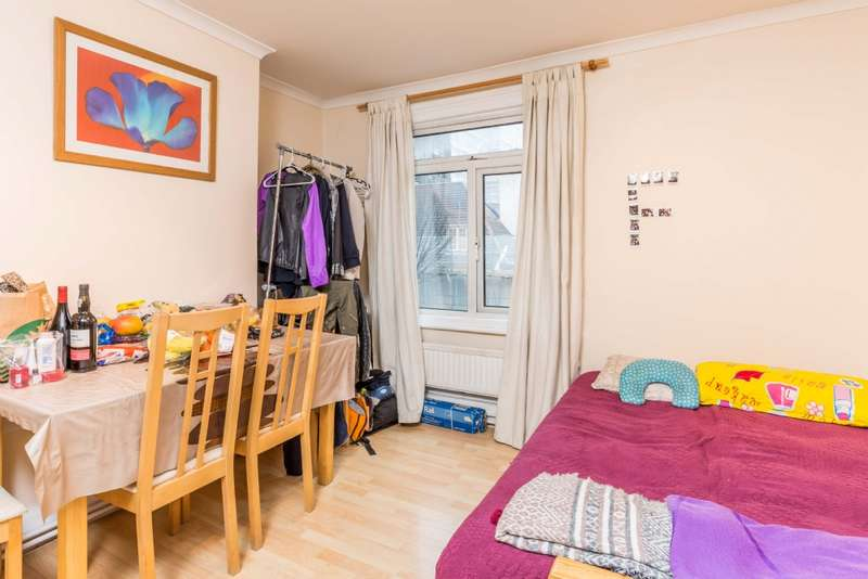 3 Bedrooms Flat for sale in Chalton Street, NW1