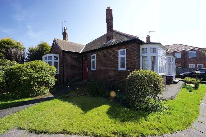 3 Bedrooms Detached Bungalow for sale in TRENTHAM AVENUE, Benton