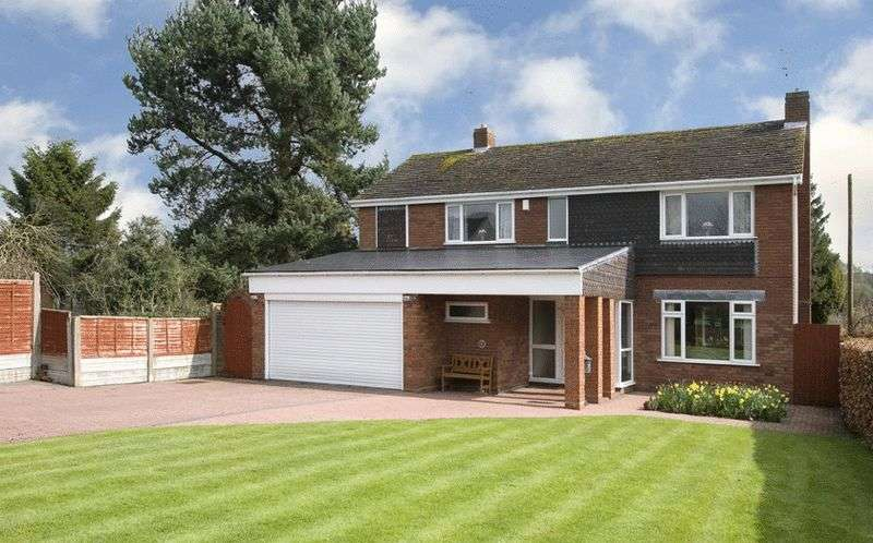 4 Bedrooms Detached House for sale in Bridgnorth Road, Himley