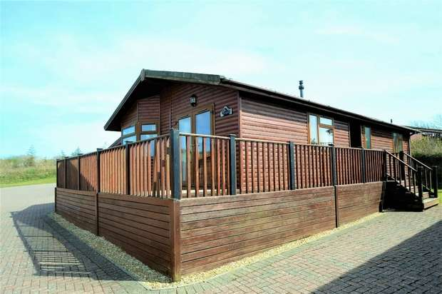 3 Bedrooms Chalet House for sale in Mullacott Park, ILFRACOMBE, Devon