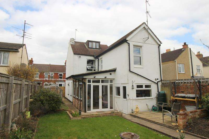 4 Bedrooms Property for sale in Lansdown Road, Old Town, Swindon
