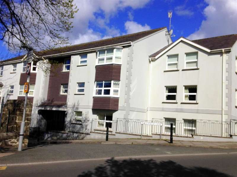 2 Bedrooms Flat for sale in Park Lane Apartments, Greenhill Road, Tenby