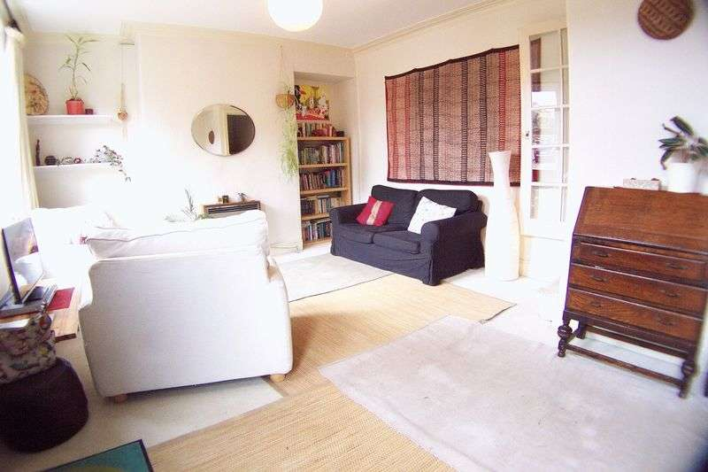 2 Bedrooms Terraced House for sale in Lumley Road, Leeds