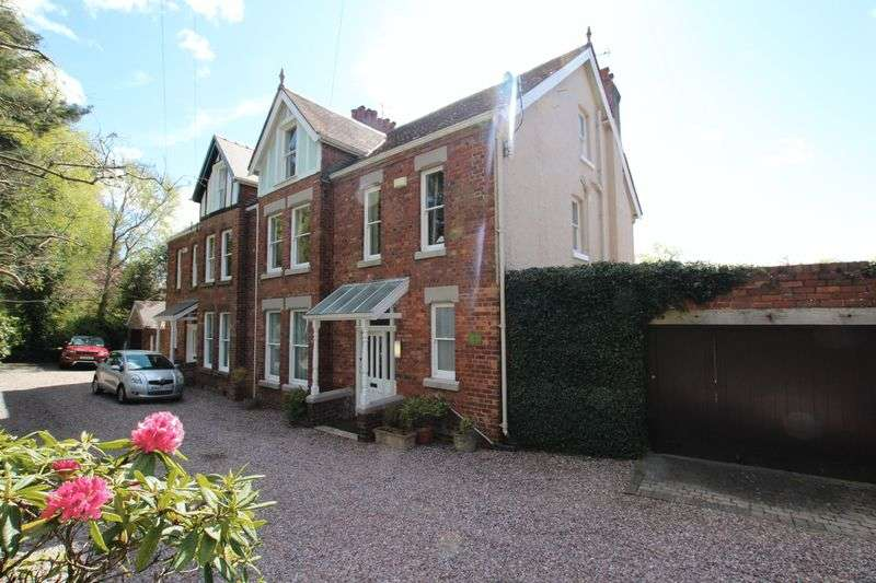 5 Bedrooms Semi Detached House for sale in Gayton Road, Lower Heswall