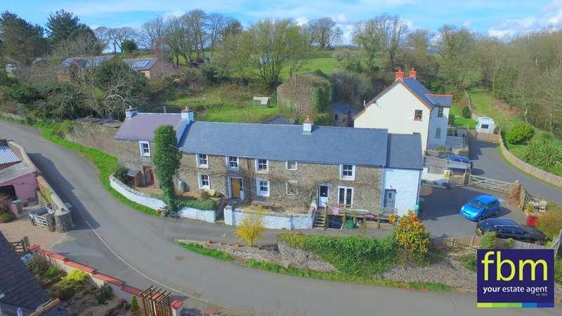 4 Bedrooms Detached House for sale in West Farmhouse, Cosheston, Pembroke Dock, Pembrokeshire