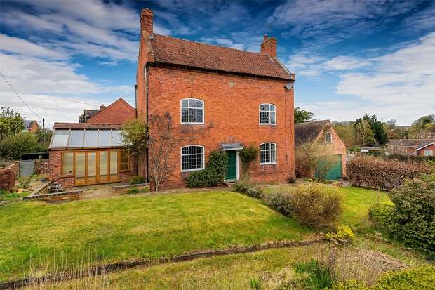 4 Bedrooms Detached House for sale in Hilton, BRIDGNORTH, Shropshire