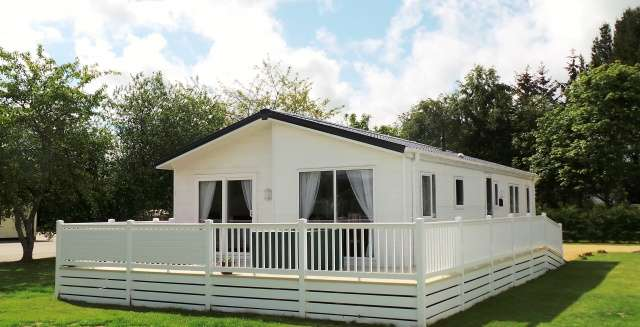 2 Bedrooms House for sale in Evesham Grosvenor Park, Riverview, Forres, Moray, IV36 2UL