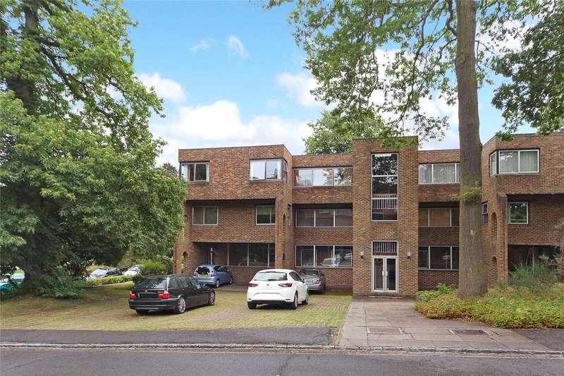 2 Bedrooms Flat for sale in Stroudwater Park, Weybridge, Surrey, KT13
