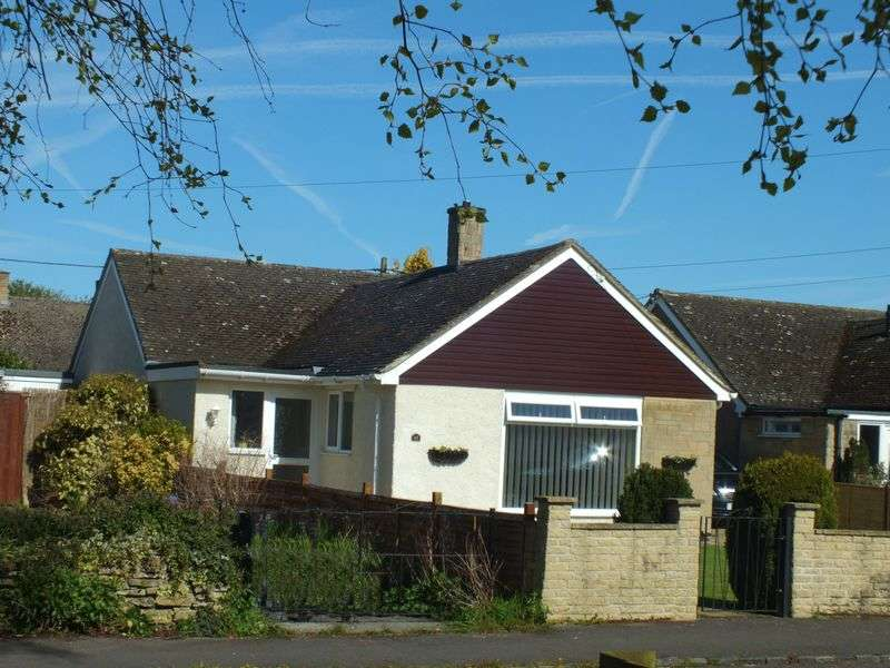 3 Bedrooms Detached Bungalow for sale in St Johns Road, Tackley