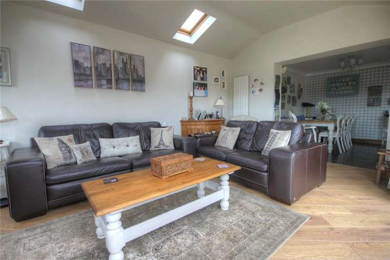 4 Bedrooms Detached House for sale in Killhope Grove, Bishop Auckland, Co. Durham, DL14