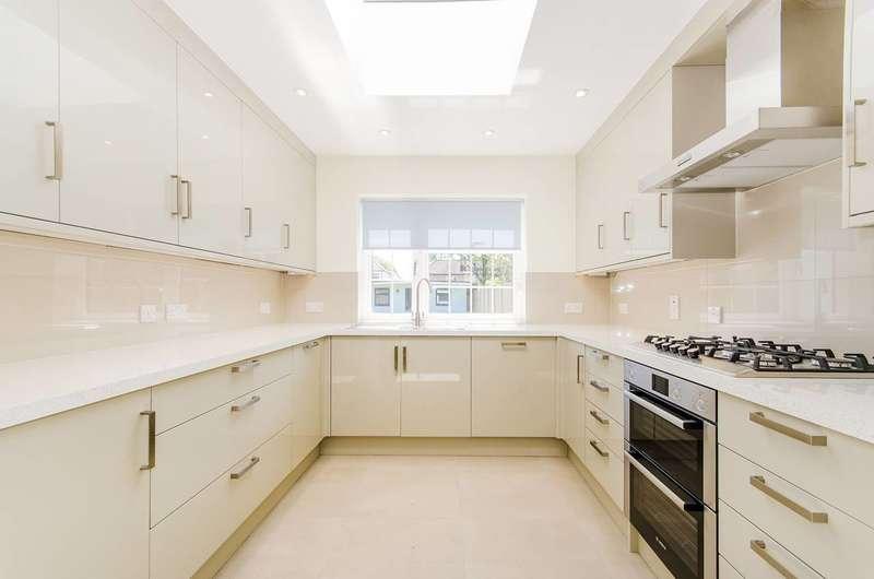 5 Bedrooms Semi Detached House for sale in Hartford Avenue, Harrow, HA3