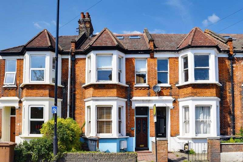 5 Bedrooms Terraced House for sale in Cassland Road, London