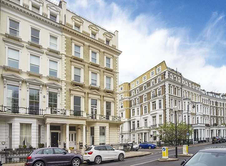 4 Bedrooms Maisonette Flat for sale in Collingham Road, London, SW5