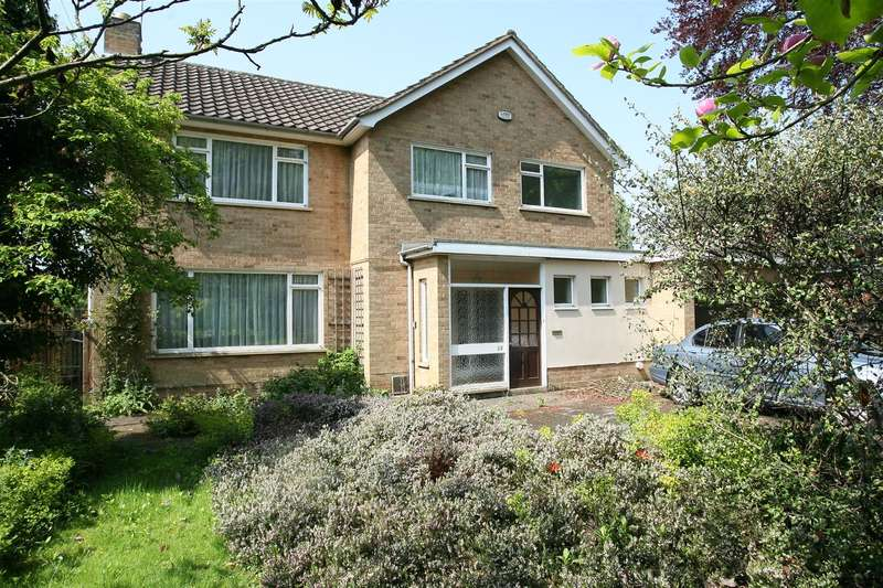 4 Bedrooms Property for sale in The Avenue, Wellingborough