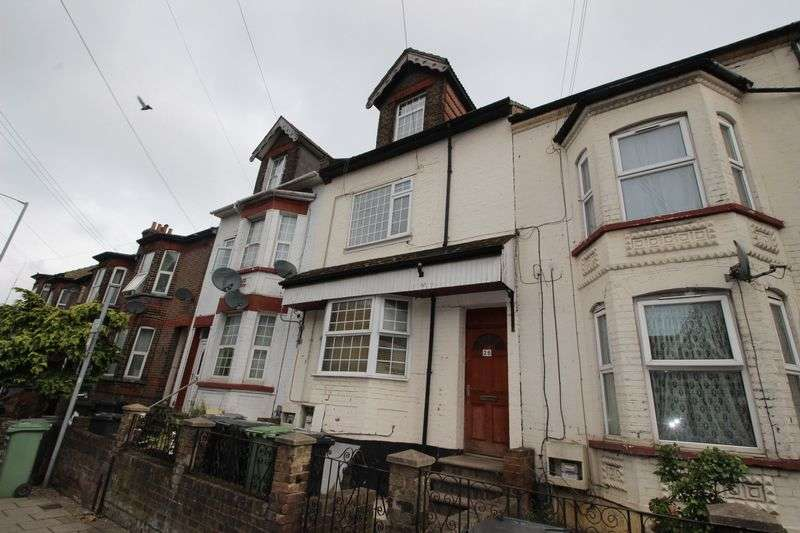 1 Bedroom Flat for sale in Bury Park Road, Luton