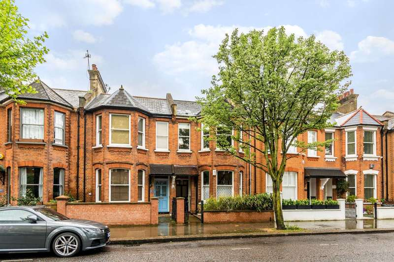 2 Bedrooms Flat for sale in Oxford Gardens, North Kensington, W10