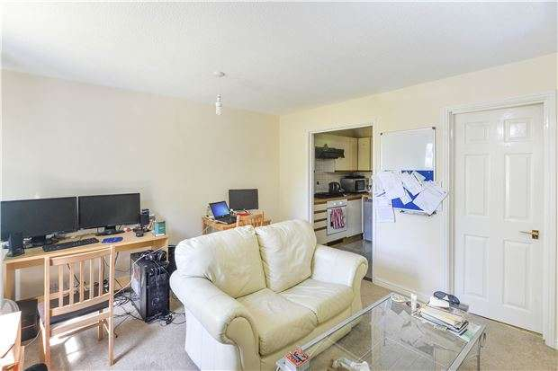 1 Bedroom Flat for sale in Green Ridges, Headington, OXFORD, OX3 8LX