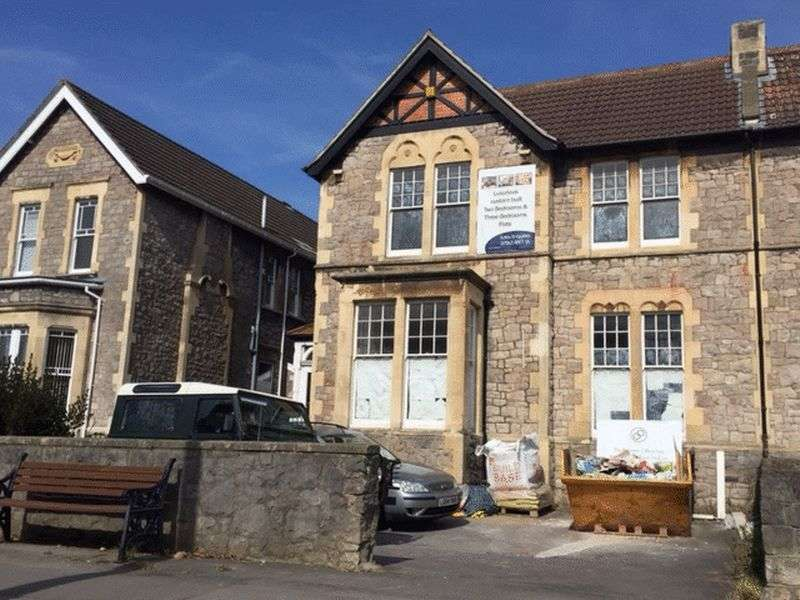 3 Bedrooms Flat for sale in Boulevard, Weston-Super-Mare