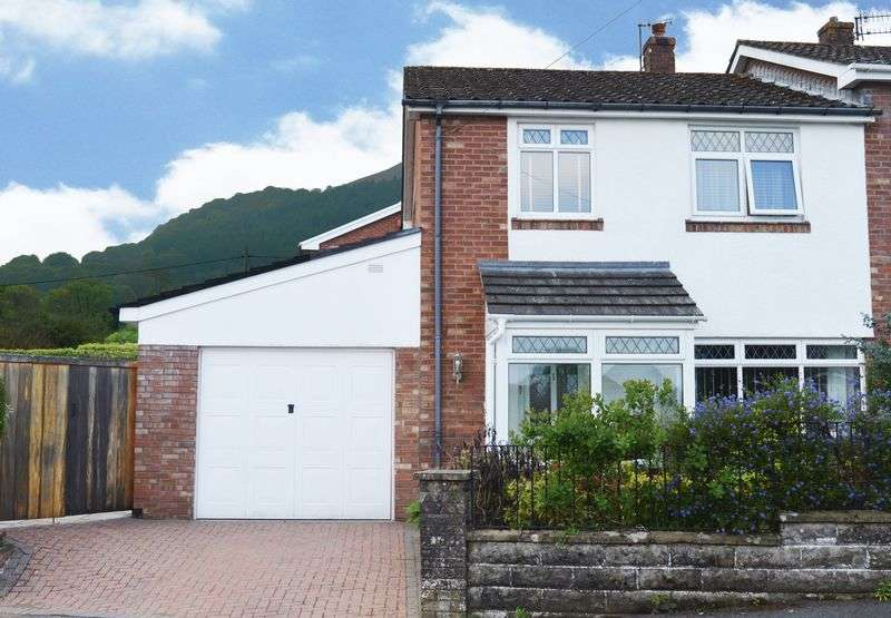 3 Bedrooms Semi Detached House for sale in Govilon, Abergavenny