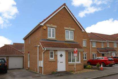 3 Bedrooms Detached House for sale in Askew Way, Chesterfield, Derbyshire