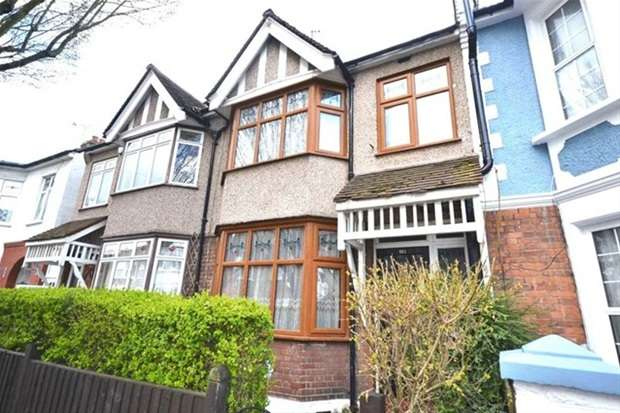 4 Bedrooms Terraced House for sale in Chesterfield Road, London